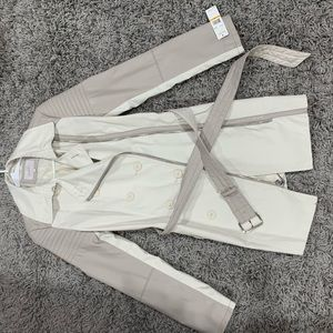 Laundry by Shelli Segal trench style coat